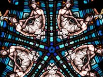 Kreisförmiges katholisches Fenster lizenzfreie stockfotografie