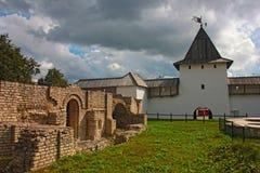 Kreml i Pskov Arkivfoton