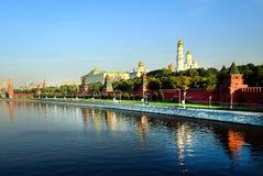 kreml Moscow Kremlin ściana Bulwar Moskwa rzeka Obrazy Stock