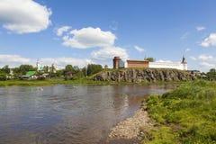 Kreml på bankerna av floden Tura Verkhoturye Ryssland Arkivbilder