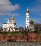 Kremlevskaya naberezhnaya Royaltyfri Bild