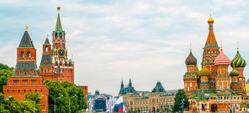 Kremlin and Cathedral of St. Basil at the Red Square Stock Images