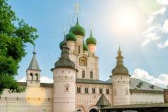 Kremlin da cidade antiga de Rostov a grande, Rússia foto de stock
