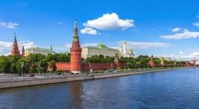 Kremlin de Moscou em um dia ensolarado fotos de stock royalty free