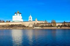 Kremlin de Pskov (Krom) Foto de Stock Royalty Free