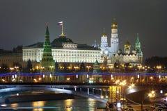 Kremlin en la noche Fotos de archivo libres de regalías