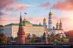 Kremlin fait bon accueil à l'aube Images stock
