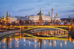 kremlin morgon moscow Royaltyfri Bild