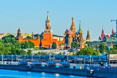 kremlin morgon moscow Royaltyfria Foton