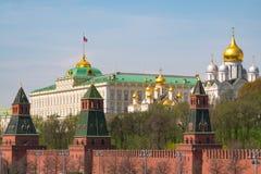 Kremlin, Moscou Palais grand de Kremlin Ivan la tour de Bell grande Cathédrale d'Arkhangel Cathédrale d'annonce photographie stock