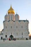 kremlin moscow небо предпосылки голубое Церковь Архангелов Стоковые Изображения RF