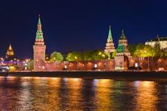 kremlin moscow natt Arkivfoto