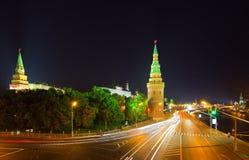 kremlin moscow natt russia Arkivbilder