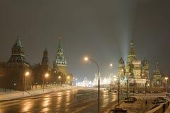 kremlin moscow nattvinter Arkivfoton