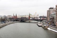 kremlin moscow sikt Arkivfoton