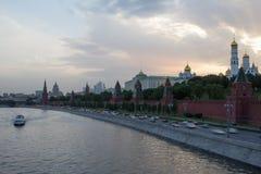 kremlin moscow solnedgång Arkivfoton