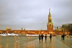 kremlin moscow spasskayatorn Färgfoto Royaltyfri Foto