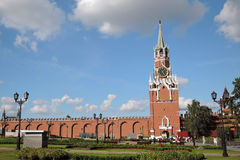 kremlin moscow torn för fyrkant för spasskaya för kremlin moscow natt rött Färgfoto Royaltyfri Bild