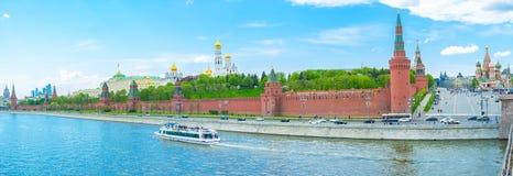 kremlin moscow väggar Royaltyfria Bilder