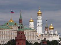 Kremlin na luz do sol foto de stock