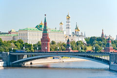 Kremlinen, Moscow, Bolshoy stenbro arkivbilder
