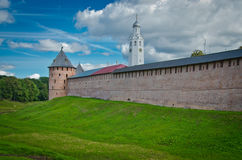 Kremlvägg, Novgorod royaltyfri bild