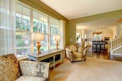 kremowy zielony żywy luksusowy naturalny pokój Fotografia Stock