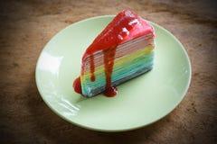 Krepa tort na drewnianej podłoga Obraz Royalty Free