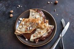 Krepy z czekoladą i dokrętkami zdjęcie royalty free