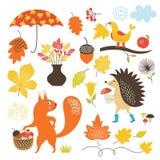 Kreskówek zwierzęta i jesienni elementy, wektoru set Fotografia Royalty Free