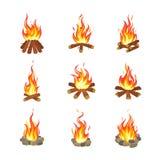 Kreskówki ognisko Turystyczni lat ogniska płoną, łupki pochodni graby hazardu projekta palenie brogujący drewniany płaski wektor ilustracja wektor