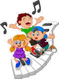 Kreskówka dzieciaki i fortepianowa ilustracja Zdjęcie Stock