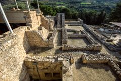 Kreta, Griekenland - Januari, 2016 Detail van oude ruïnes van beroemd Minoan-paleis van Knosos stock foto's