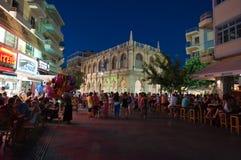 KRETA, 25 HERAKLION-JULI: Nachtleven op 25,2014 Juli in Heraklion op het eiland van Kreta Royalty-vrije Stock Fotografie