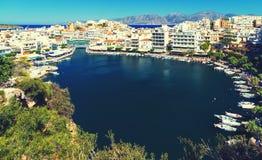 Krety ażio Nikolaos Greece Agios Nikolaos jest malowniczym miasteczkiem w wschodniej części wyspa Crete budujący na Fotografia Stock