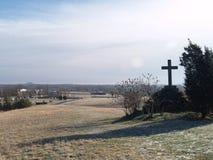 Kreuz auf dem Hügel Stockbild
