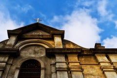 Kreuz in den Wolken Stockbilder