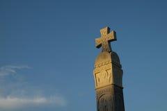 Kreuz in der Kathedrale der Heiligen Dreifaltigkeit von Tiflis stockfoto