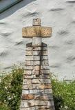 Kreuz gemacht von den Steinen Stockbild