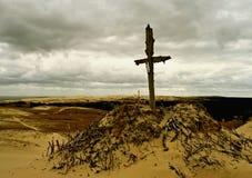 Kreuz im Sand Lizenzfreies Stockbild