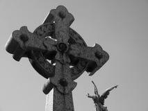 Kreuz von Schatten stockbild