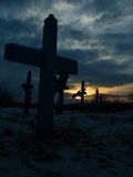 Kreuze in einem Kirchhof Lizenzfreies Stockbild