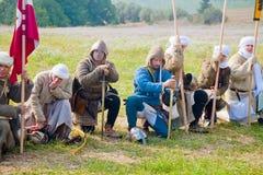 Kreuzfahrerkrieger am Morgengebet Lizenzfreies Stockfoto