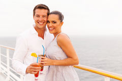 Kreuzfahrt des verheirateten Paars Lizenzfreies Stockfoto