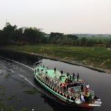 Kreuzfahrt im Fluss von Bangladesch stockfoto
