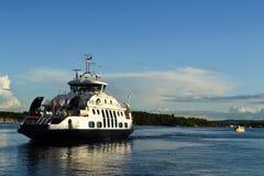 Kreuzfahrtschiff lizenzfreie stockfotografie