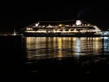 Kreuzfahrtschiff stockbild