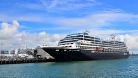 Kreuzfahrtschiffsliegeplatz in den Häfen von Auckland Stockbild
