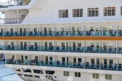 Kreuzschiff außerhalb der Kabinen Lizenzfreie Stockfotos