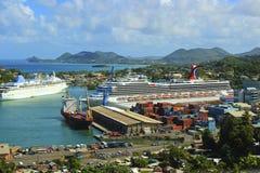 Kreuzschiff in Castries, St Lucia, karibisch Stockbilder